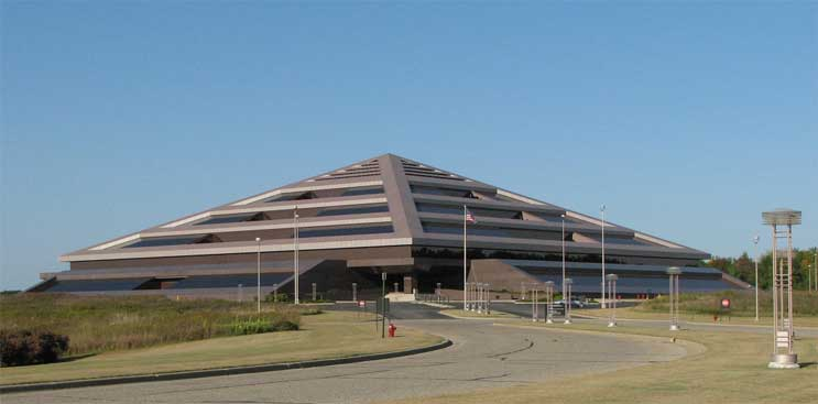 The Steelcase Pyramid building near Grand Rapids, Michigan. (Photo: The Right Place)